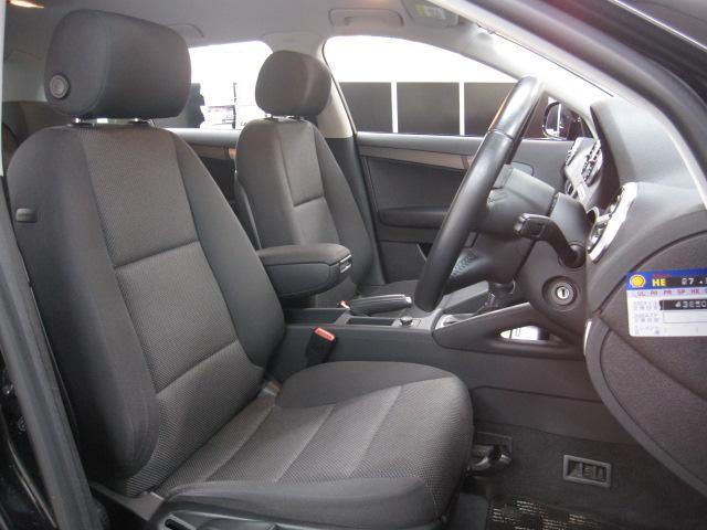 清掃済みの車内は大変綺麗に保たれております。試乗もできますのでお気軽にご来店下さい。