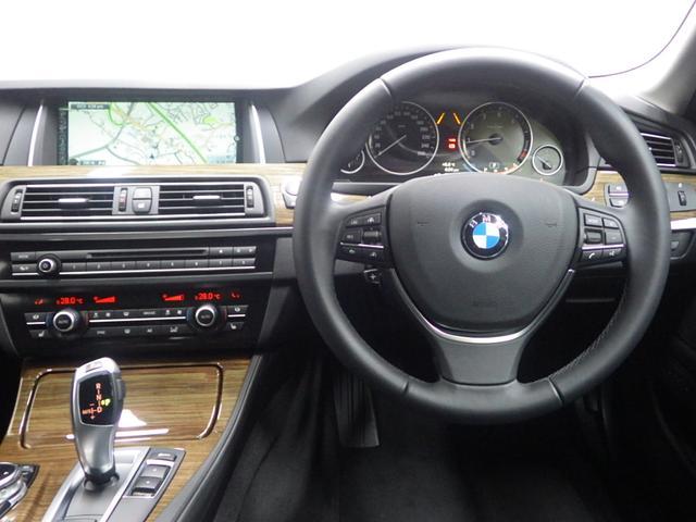 BMW BMW 523iツーリングモダン ブラックレザーシート