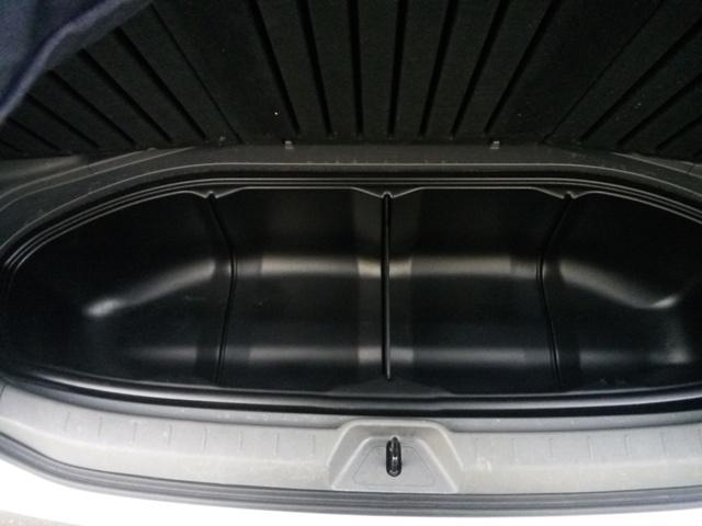 トヨタ ヴォクシー X Lエディション HDDナビ デュアルパワースライド