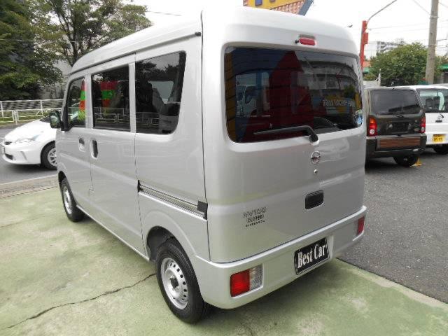 日産 NV100クリッパーバン DX GLパッケージ キーレス エアコン 登録済み未使用車