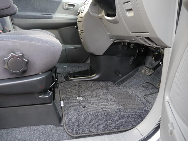 リヤプライバシーガラス、ワイパー、アンダーミラー、メッキドアハンドル、コーナーセンサー…装備充実なXVセレクション☆乗れば快適さがわかります(^O^)