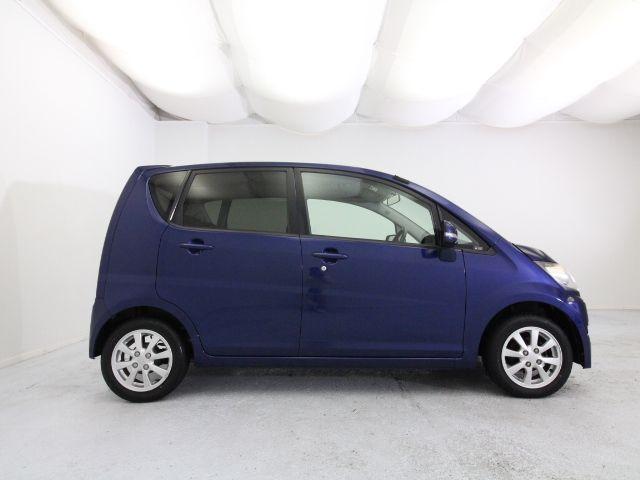 カーセブンMEGA三郷の強みって?流通はシンプルな方がおトク!お店が買取ったクルマをお客様に直接販売するので、自動車オークションを利用する他店でかかる余計なマージンをカットすることができるのです。