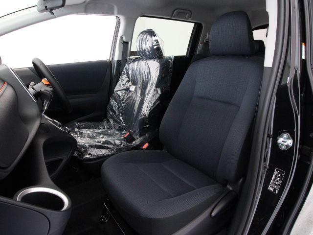 トヨタ シエンタ ハイブリッドG新車未登録車セーフティセンス両側電動