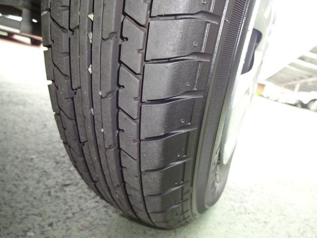 タイヤの溝はまだ十分ありしばらくそのままご利用頂けます!