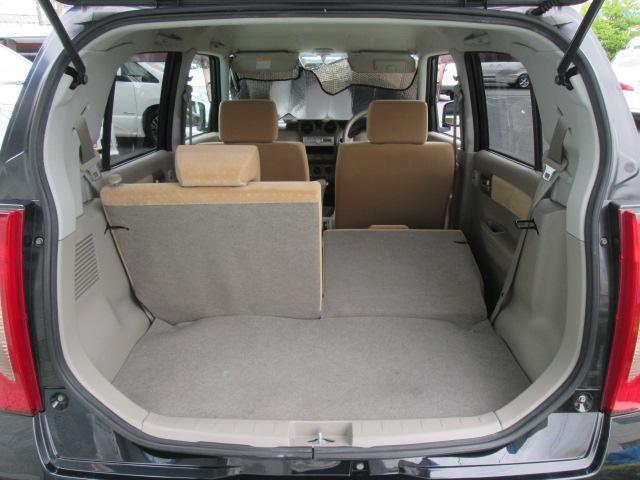 3人乗車・長い荷物が乗り、あなたのカーライフが便利になります