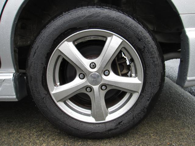 社外アルミホイール&タイヤの溝もバッチリですよ♪