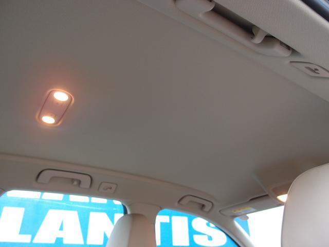 アウディ アウディ A4オールロードクワトロ ワンオーナー 2012年モデル ベージュ革 キセノン