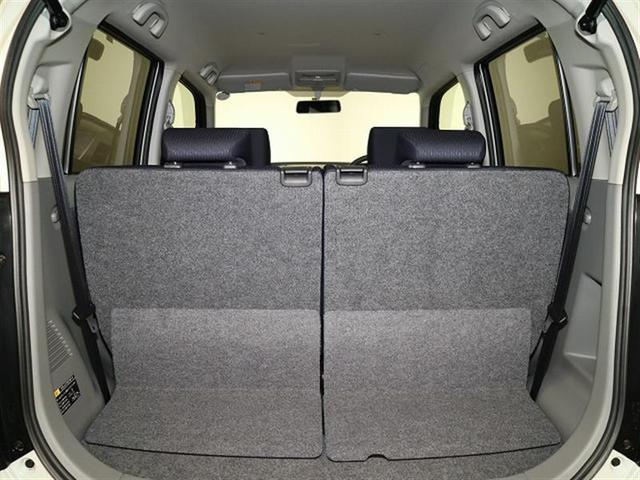 当社に入ってきた車は、埼玉トヨペット一平蓮田工房技術スタッフの手により、品質チェックが行われます。
