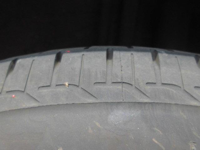 タイヤの溝もしっかりあります☆