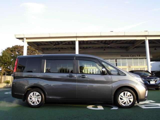 ホンダ ステップワゴン 1.5 G 車いす仕様車 2列目乗車タイプ 福祉車両 デモカー