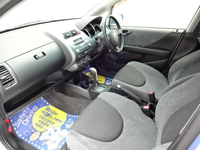 リバーサイドでは、全車試乗可能ですので各お客様、ご納得行くまでご検討中のお車とのフィーリングを確認できます。