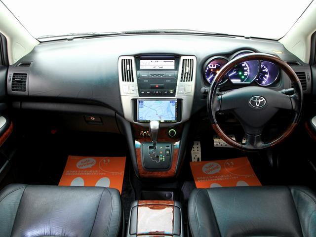 トヨタ ハリアー 300G Lパケ黒革SRナビ Newライト Newフルエアロ
