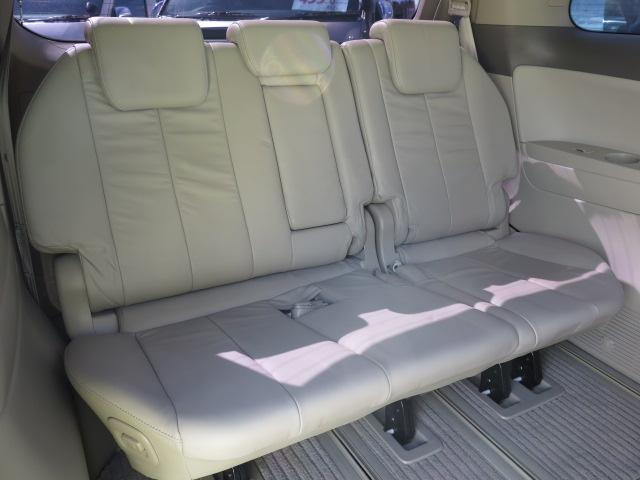 電動折り畳み格納式サードシート 広いラゲッジルーム等 シートアレンジも多彩