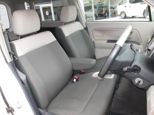 視界が良く運転性の良いフロントシート