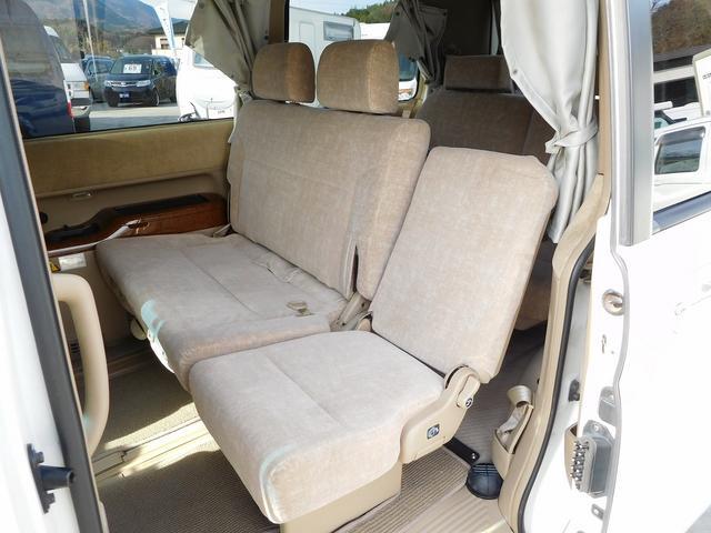 ホンダ ステップワゴン 24L 4WD ホワイトハウス ライジングデッキ