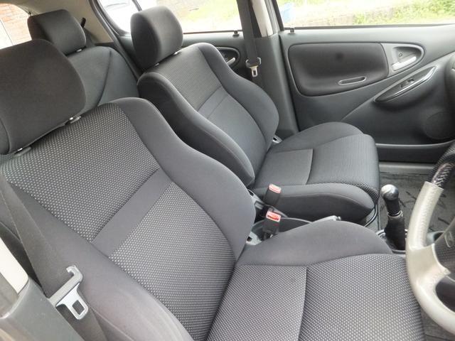 フロントシートの状態も良いです。