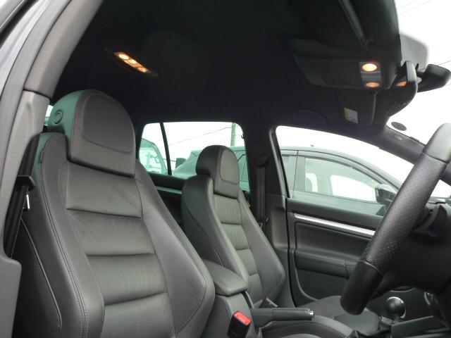 フォルクスワーゲン VW ゴルフ R32 4WD ブラックレザー HDDナビ