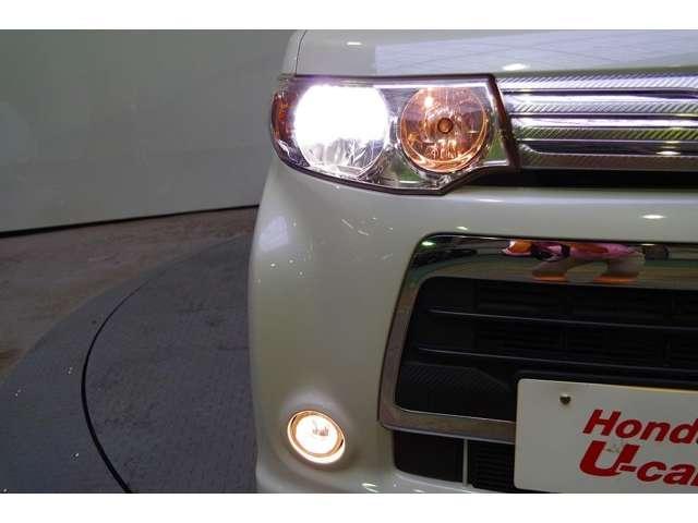 夜のドライブにたのもしいディスチャージヘッドライト&フォグライトです