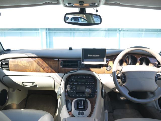 ジャガー ジャガー XJ エグゼクティブ3.2-V8 サンルーフ 社外ナビ