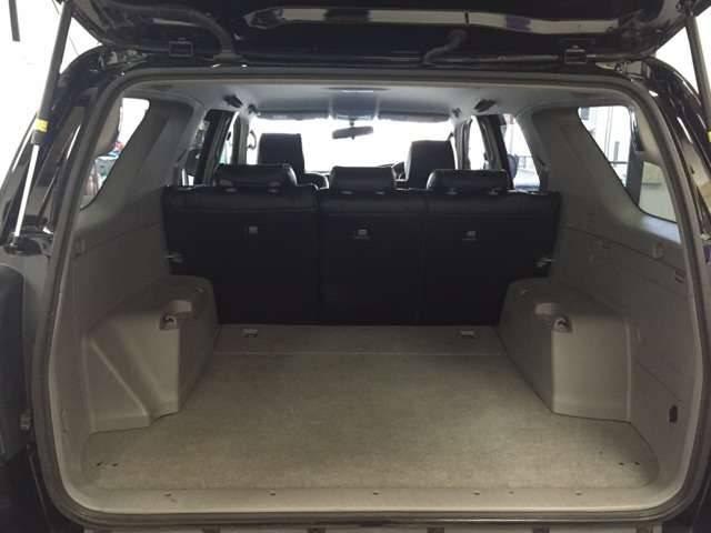 トヨタ ハイラックスサーフ 新品シートカバー 新品22インチAW イカリングヘッドライト
