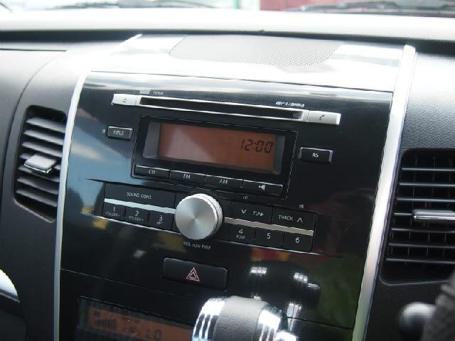 ツチヤ自動車では社外ナビも取り扱っております!音楽が聞きたい♪DVDが見たい♪高機能ナビが欲しい♪お好みに合わせて選んで頂けます!