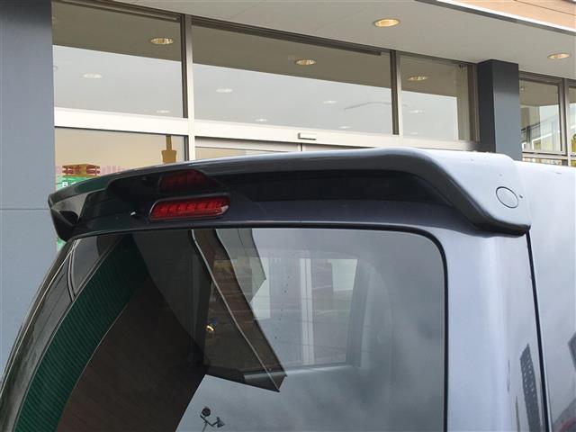 【試乗可能】展示車両は試乗可能です事前に連絡頂ければナンバー付きの車は公道での試乗可能ですナンバーが付いていない車は場内の試乗になります。お問い合わせは【無料通話】TEL:0066−9687−6279