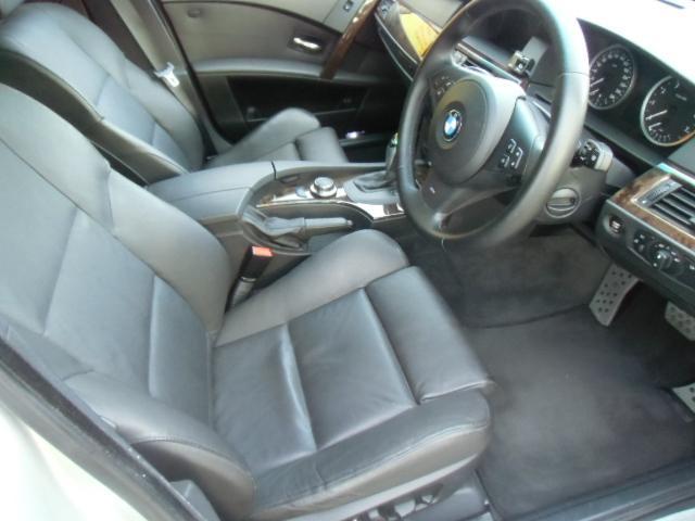 BMW BMW 525i Mスポーツ 純正ナビETC 社外BカメラTV 黒革