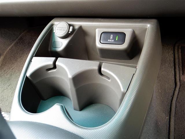 ガリバーオリジナルボディコーティングも承ります!2層構造のダブルコーティングで4つの効果が約2年間持続!お車をキレイに保ちたい・長く大切に乗りたい、そんなお客様にオススメです♪