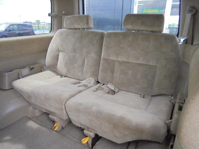 ゆったり広々快適な後部座席^−^