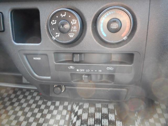 トヨタ ハイエースバン ロングスーパーGL ナビ Bカメラ 後席モニター ETC