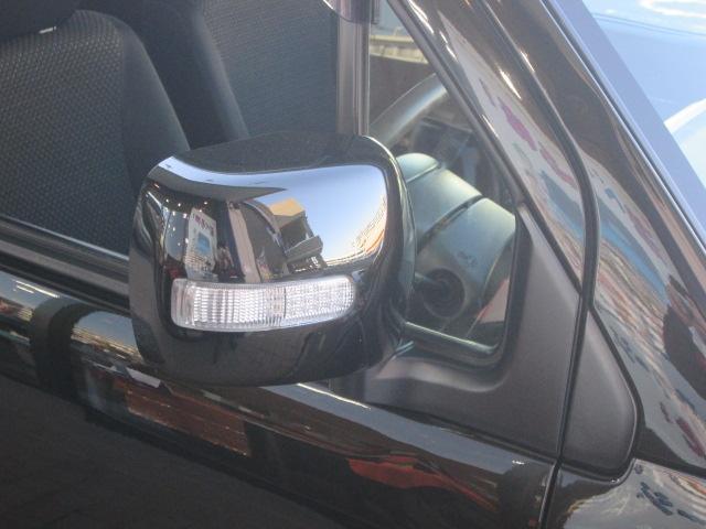 ウインカーミラーにより、ドレスアップだけでなく、他車からの視界に入りやすいです。