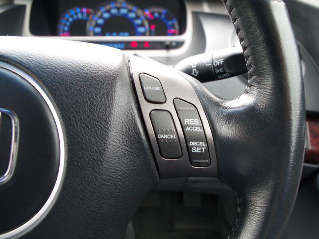 【セレクトプラン(総額に含む)】ボディ洗車・WAX仕上げ、ウィンドウ/ミラー撥水仕上げ、レンズ類くもり除去、タイヤ・ホイール洗浄、シート/フロアは清掃、内装の樹脂部は艶出し仕上げ、脱臭/除菌も行います