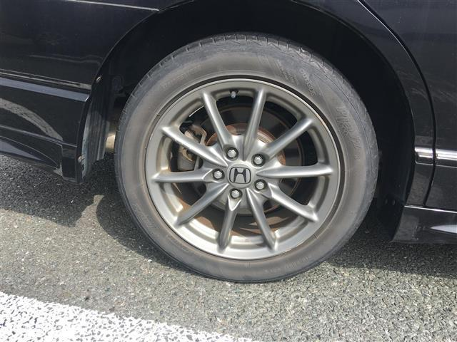 オートローン(オリコ・プレミア・MMC)、自動車保険(損保ジャパン・朝日火災)各種取り扱っております。お車のサポート関係も充実しております。