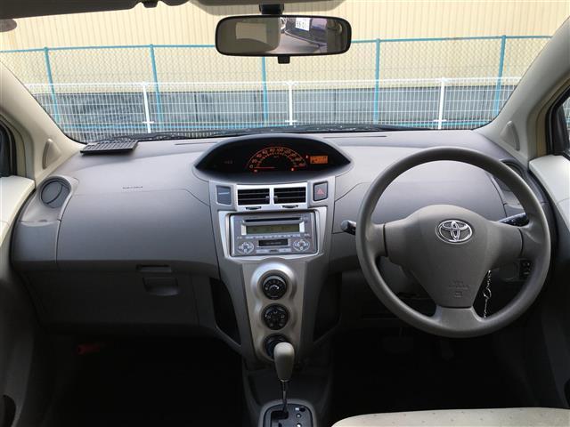 トヨタ ヴィッツ 1.3F 4WD ワンオーナー  スマートキーETC