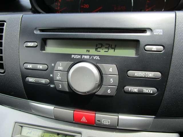 純正のCDオーディオを装備しております!