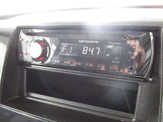 社外CDオーディオで好きな音楽を流して運転が出来ます☆