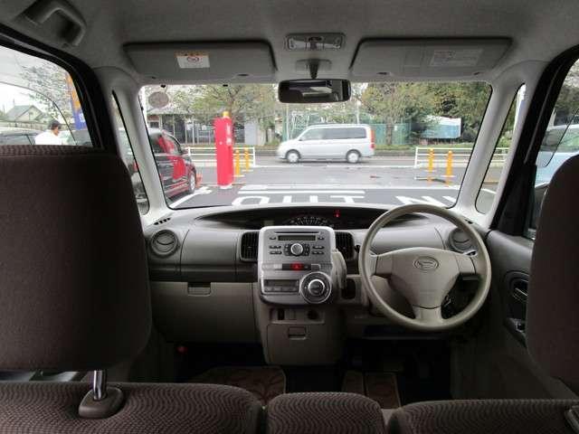 車内からです☆窓が大きくて視界もばっちりですね☆