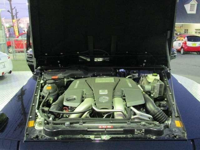 V8 5500CCツインターボエンジンでハイパワーです。