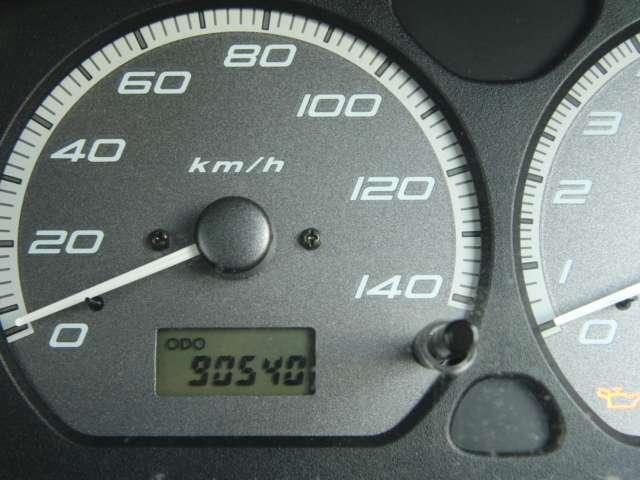 90,500kmを、越えた辺りです 在庫車の体調管理!?を考え、毎日試乗・点検を兼ねて代わる代わる在庫車両に乗っておりますので走行距離が多少増えていきます ※見出し掲載の数字は問題無く更新出来ています