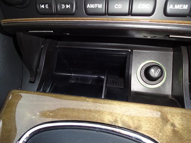 ジャガー ジャガー Xタイプ 2.5 V6 黒本革シート ETC