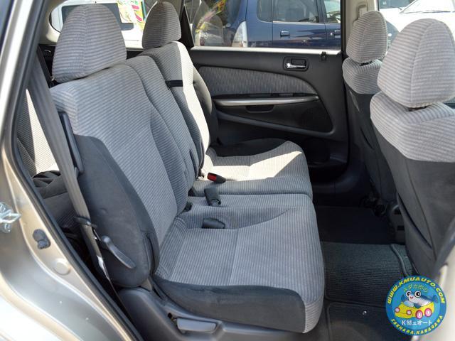 内装、シートなど、劣化やヘタリ、大きなダメージも無く、とても状態の良いストリームです!是非、現車をご覧ください^^