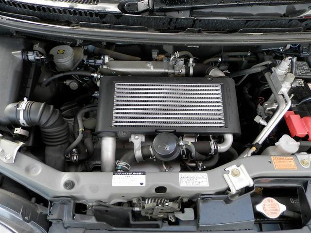 エンジンはパワフルDOHCターボ!走行距離も少なくオイル漏れ等も無く機関良好です!