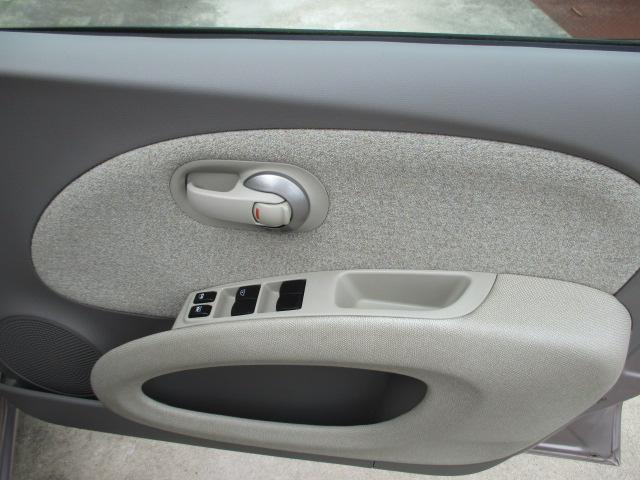 ☆納車前には、当社メカニックにより、安全かつ安心して気持ちよくお乗りいただける整備を行います。 ◆運転席ドア(内側)の画像です。