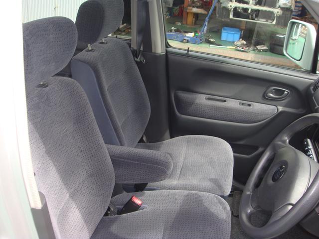フロントシートです。是非、お気軽にご来店ください。