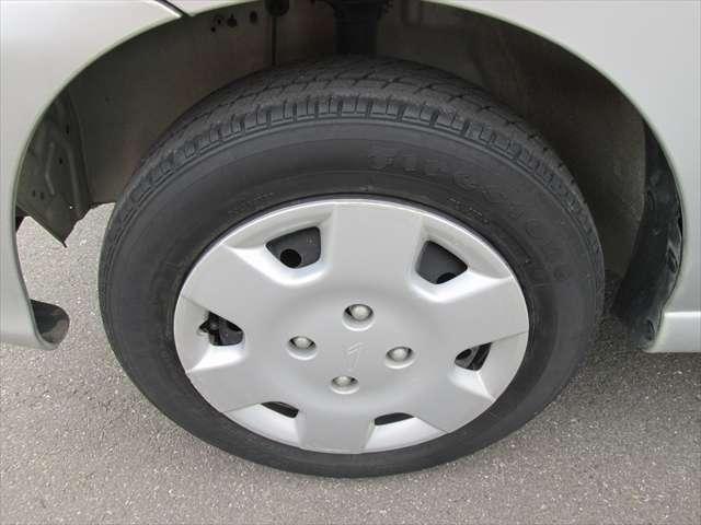 タイヤの残り溝はまだまだあります