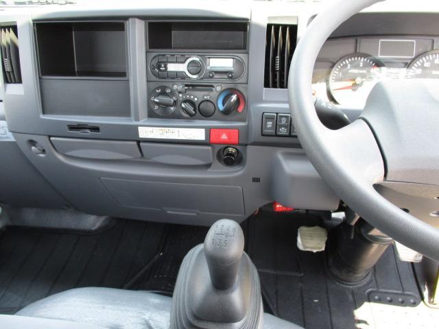 いすゞ エルフトラック 10尺 3.0t フルフラットロー 4ナンバー