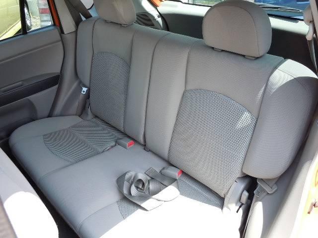 広いリアシート!大人が4人乗っても車内は広く快適な空間です♪