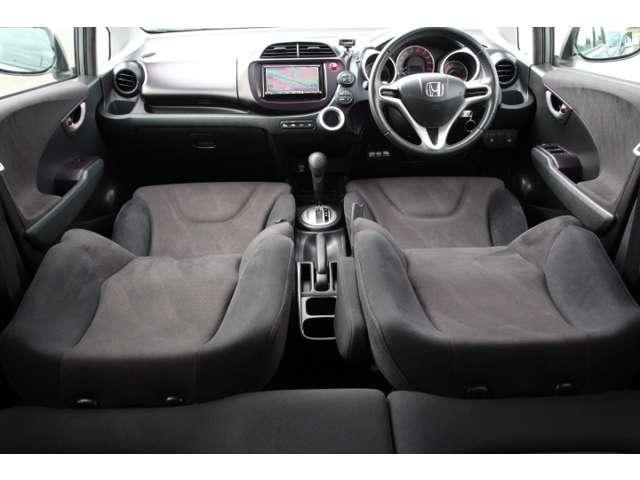 4つのモードを可能にする「ULTR SEAT(ウルトラシート)」