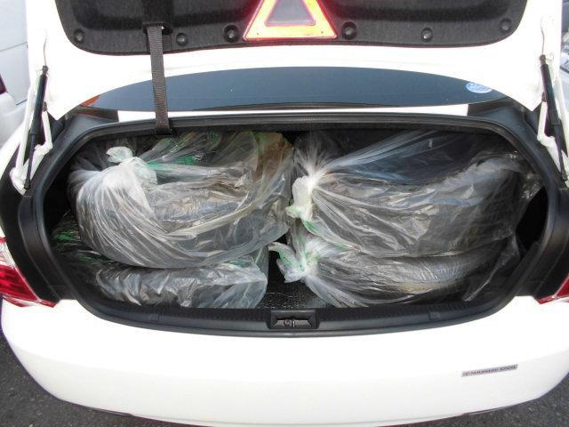 トヨタ クラウン 2.5ロイヤルサルーン プレミアムエディション