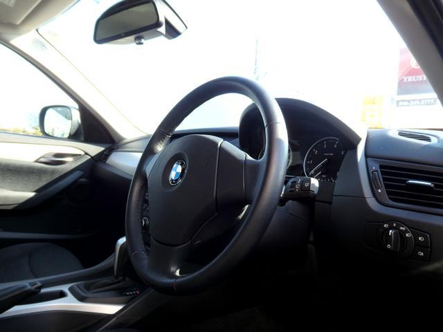BMW BMW X1 sDrive18i Xライン 1オーナー 禁煙車 17AW